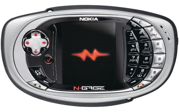 """Nokia N-Gage - zdjęcie fińskiego """"smartfona"""" /materiały prasowe"""