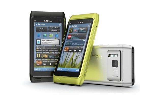 Nokia N8 - telefon, który ma tyle samo wad, co zalet /materiały prasowe