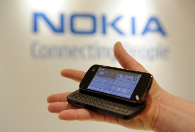 Nokia stara się przekonać developerów do dalszych prac nad aplikacjami dla Symbiana i Windows Phone /AFP