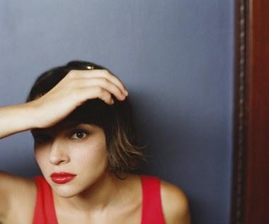 Norah Jones zbiera duety