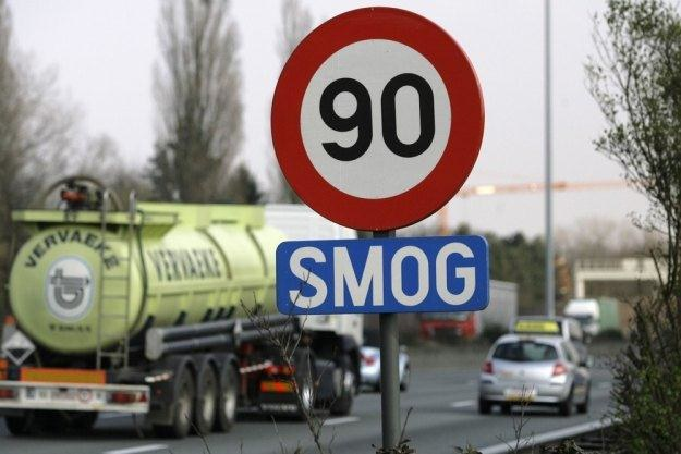 Normy emisji spalin są coraz bardziej restrykcyjne / Fot: Christoph van der Ecken /Reporter