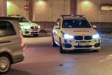 Norwegia: Na samochód Polaka spadł ważący tonę kamień. Mężczyzna cudem przeżył