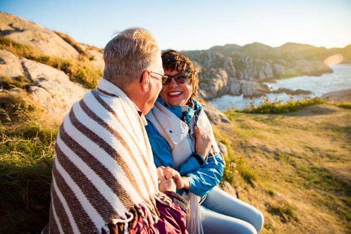 Norwegowie uchodzą za wyjątkowo szczęśliwy naród. Komfort życia seniorów też jest tam na wysokim poziomie! /123RF/PICSEL