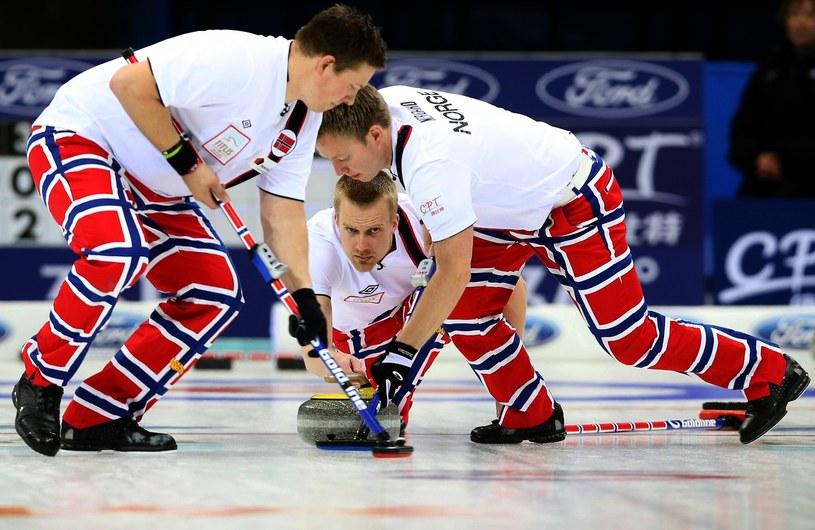 Norwescy curlingowcy /AFP