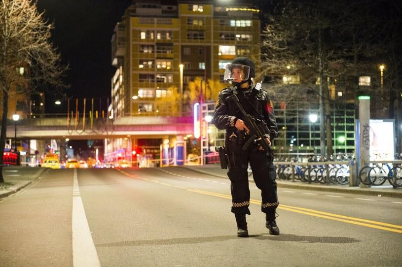 Norweska policja rozbroiła w Oslo domniemaną bombę /FREDRIK VARFJELL /PAP/EPA