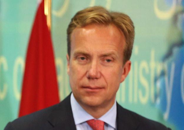 Norweski minister spraw zagranicznych Borge Brende rozmawiał z szefem dyplomacji Rosji Siergiejem Ławrowem /AFP