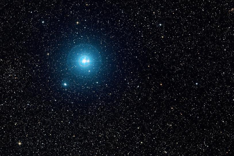 Nova Centauri 2009 znajduje się w odległości 23 tys. lat świetlnych od Ziemi. Zdjęcie ilustracyjne /AFP