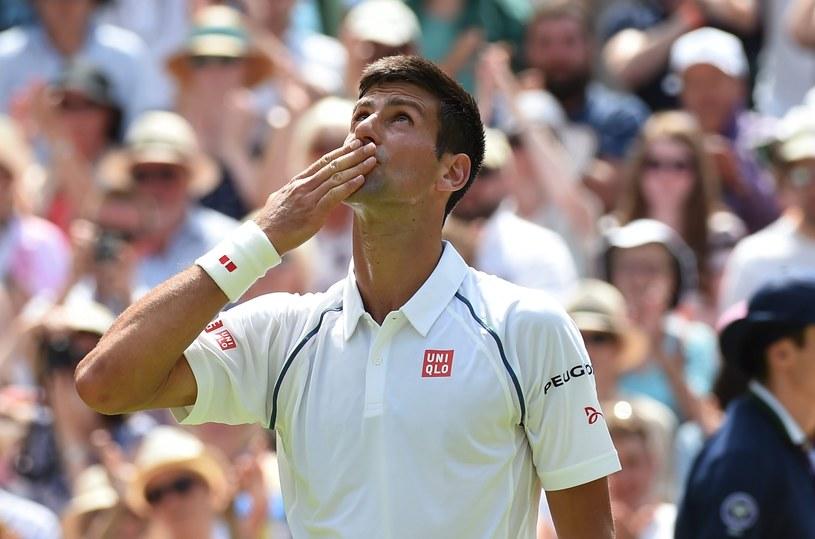 Novak Djoković jest już w trzeciej rundzie Wimbledonu /PAP/EPA