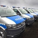 Nowa broń policji. Funkcjonariusze dostali 100 samochodów