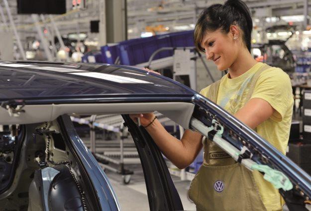 Nowa fabryka to nowe miejsca pracy /