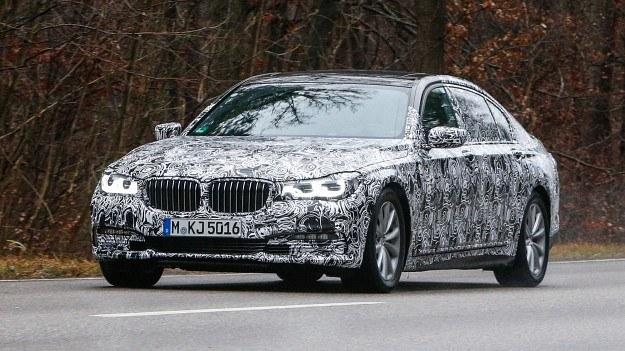 Nowa generacja BMW serii 7 /Motor
