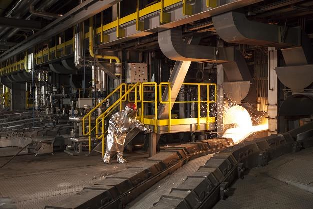 Nowa linia produkcyjna w Hucie Miedzi Głogów podczas uroczystego uruchomienia inwestycji /PAP
