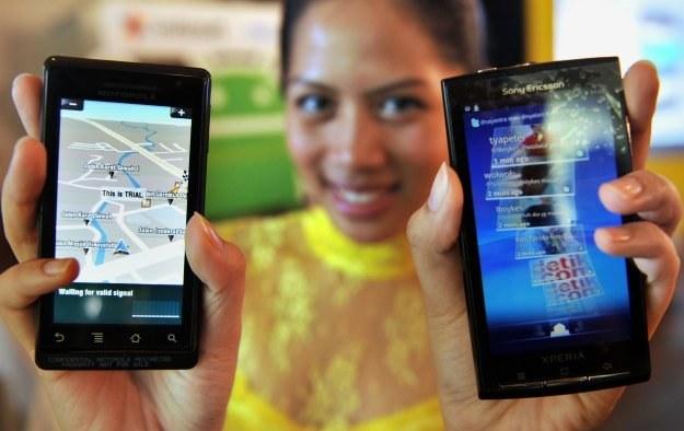 Nowa luka w Androidzie pozwala np. na kradzież danych na temat bankowości internetowej /AFP