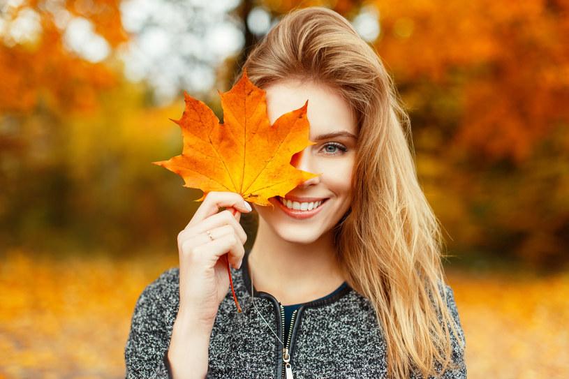 Nowa pora roku sprzyja zmianom fryzury. Co jest modne tej jesieni? /123RF/PICSEL