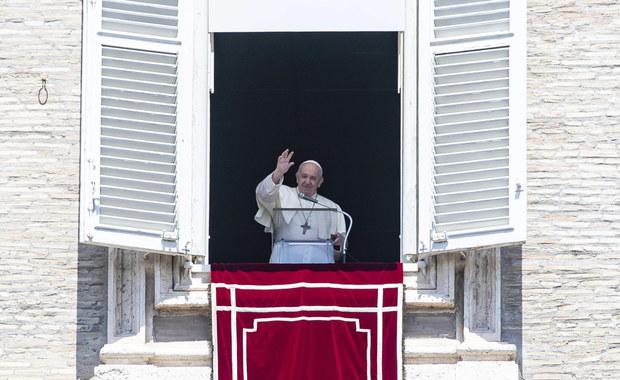 """Nowa posługa świecka w Kościele. """"Papież dokonuje dużej zmiany"""""""
