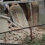 Nowa Ruda: Eksperci budowlani wejdą do uszkodzonej kamienicy w poniedziałek