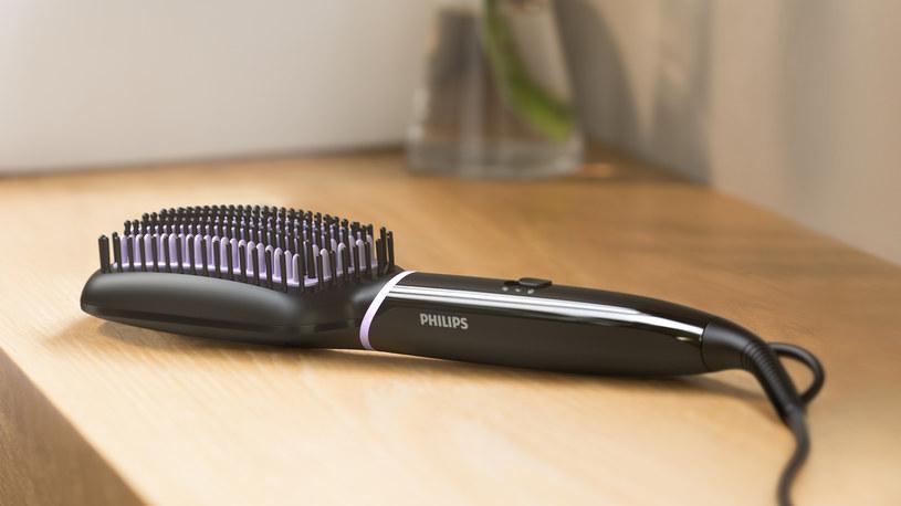 Nowa szczotka prostująca BHH880 marki Philips /materiały prasowe