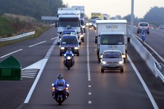 Nowa technologia umożliwia samodzielną jazdę samochodu bez udziału kierowcy /AFP