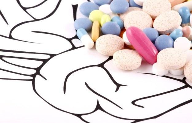 Nowa terapia na SM okaże się skuteczniejsza od niekończącej się liczby leków /123RF/PICSEL