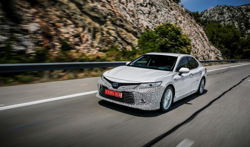 Nowa Toyota Camry /materiały prasowe