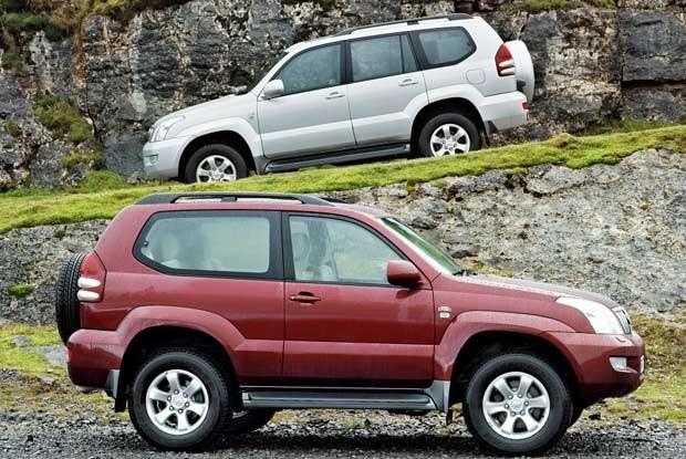 Nowa Toyota Land Cruiser - wersja 3- i 5-drzwiowa (kliknij) /INTERIA.PL