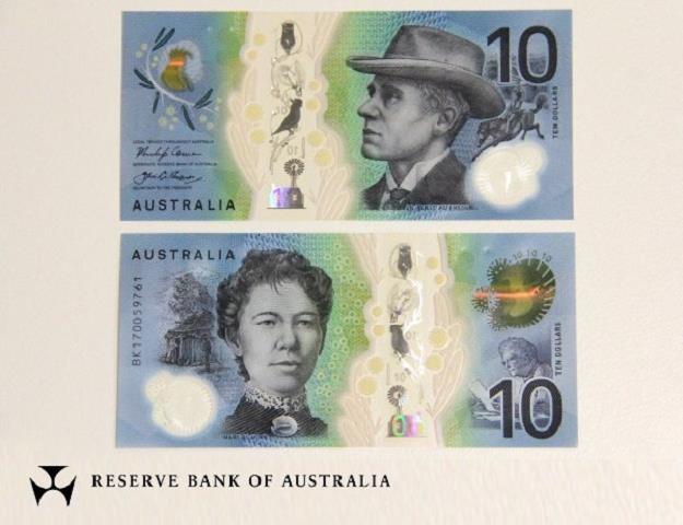 Nowa wersja banknotu 10 dolarów australijskich (awers i rewers) /EPA