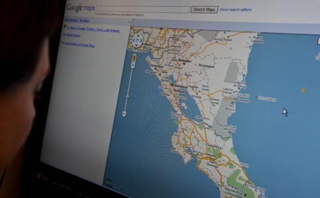 Nowa wersja map Google dla Androida uwzględnia komunikację miejską /AFP