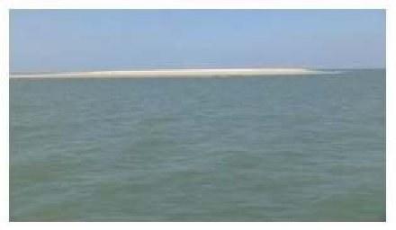 """""""Nowa wyspa"""" u francuskich wybrzeży /Internet"""