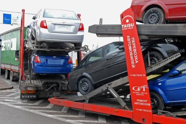 Nowe auta też przechodzą naprawy blacharskie / Fot: Michał Kość /Reporter