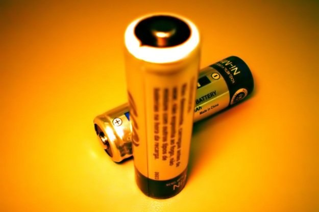 Nowe baterie po 1000 cyklach rozładowania/ładowania nie tracą wydajności Fot. Felipe Wiecheteck /stock.xchng