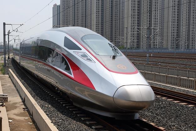 Nowe chińskie pociągi pojadą z prędkością 350 km/h. Fot. Imaginechina, Associated Press /East News