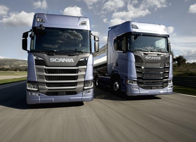 Nowe ciężarówki Scanii /