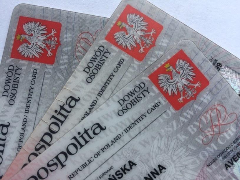 Nowe dowody w Polsce będą wydawane od 2 sierpnia 2021 roku /123RF/PICSEL