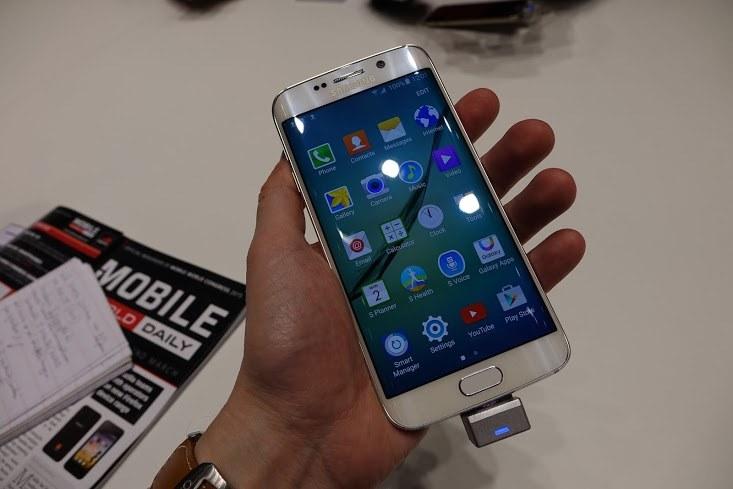 Nowe Galaxy S6 pozytywnie zaskakują /INTERIA.PL