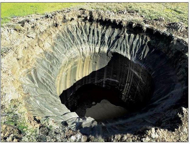 """Nowe, gigantyczne kratery zostały odkryte na Syberii. Źródło: """"Syberian Times"""" /RMF24"""