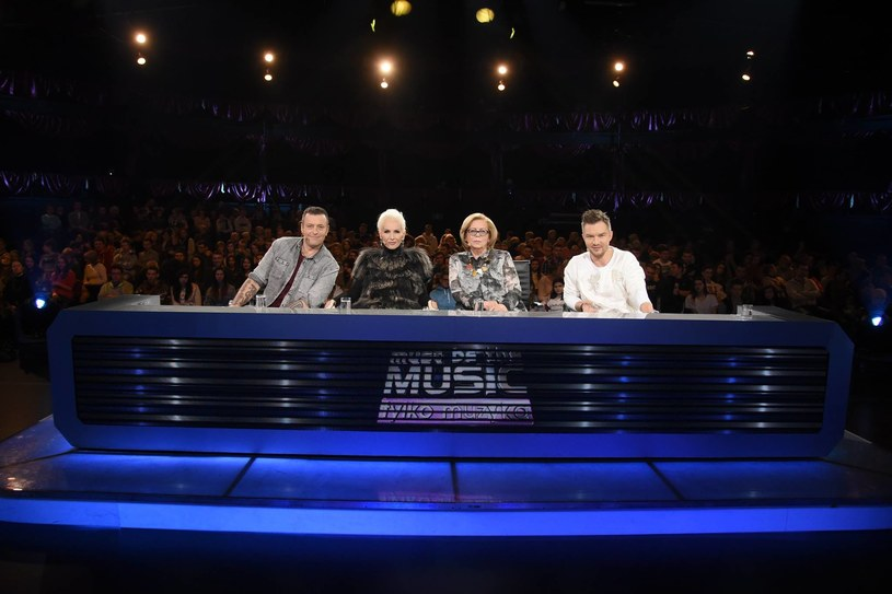 """Nowe jury """"Must Be The Music"""": od lewej Tymon Tymański, Kora, Elżbieta Zapendowska i Adam Sztaba /Polsat"""