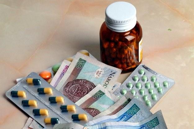 Nowe przepisy mogą przyczynić się do tego, że za leki pacjenci zapłacą więcej niż do tej pory /© Bauer