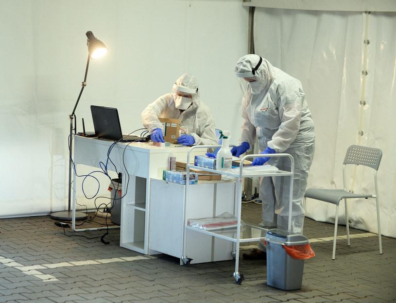 Nowe przypadki koronawirusa w Polsce /Jan Bielecki /East News