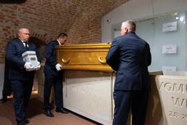 Nowe sarkofagi w Panteonie Narodowym