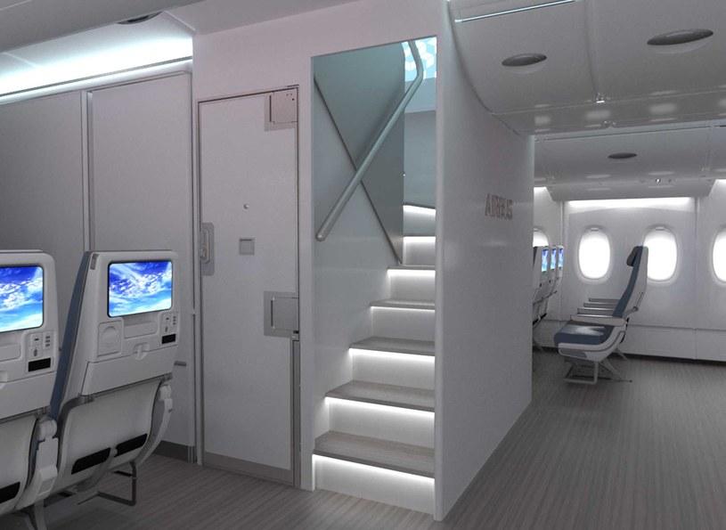 Nowe schodny przednie w A380 /materiały prasowe