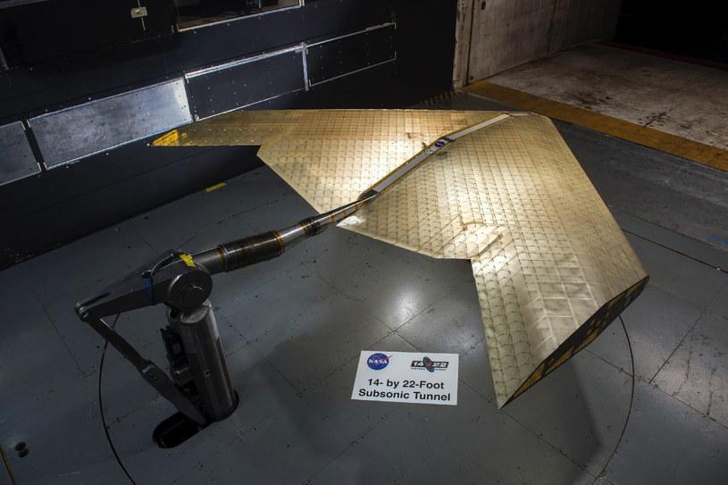 Nowe skrzydła składają się z tysięcy mniejszych elementów /NASA
