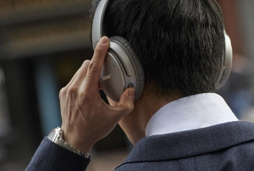 Nowe słuchawki Bose QC35 II /materiały prasowe