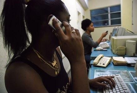 Nowe techologie mogą zmienić życie Kubańczyków /AFP