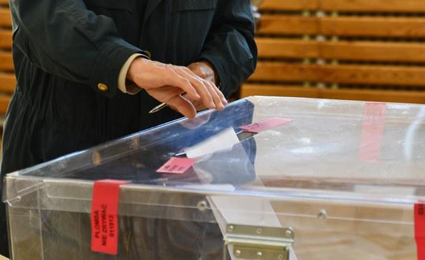 Nowe wybory ze starymi kartami do głosowania? Sasin kreśli możliwe scenariusze
