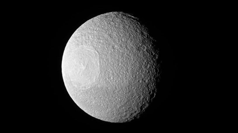 Nowe zdjęcie Tetydy /NASA