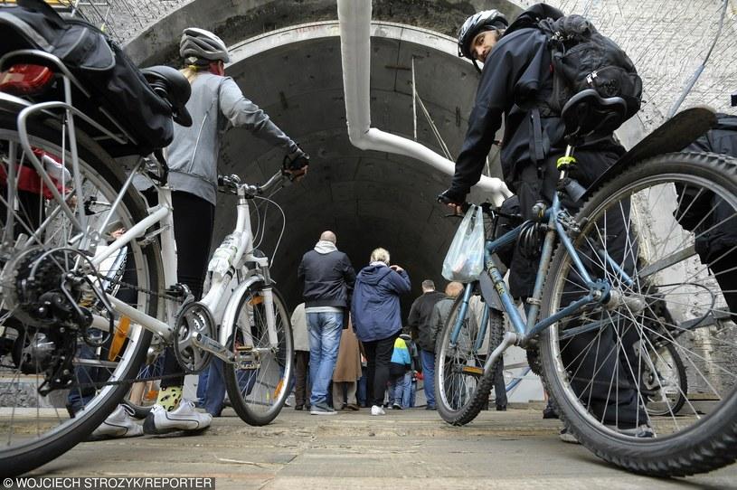 Nowe znaki skierowane będą głównie do rowerzystów /Wojciech Stróżyk /Reporter