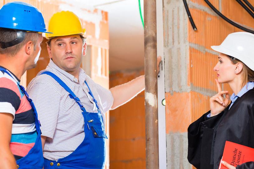 Nowelizacja Prawa budowlanego przynosi bezpłatną legalizacje starych samowoli /123RF/PICSEL