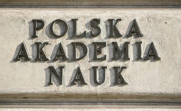 Nowelizacja ustawy o Polskiej Akademii Nauk. W stronę udzielnego księstwa?
