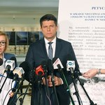 Nowoczesna: Ustawa o zakazie handlu wymaga notyfikacji przez UE