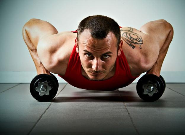 Nowoczesne siłownie niewiele mają wspólnego z dawnymi salkami do ćwiczeń /Panthermedia /© Panthermedia